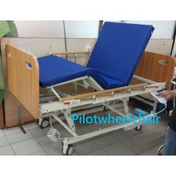 3 function electric nursing bed